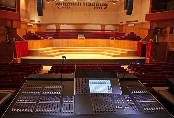 hệ thống âm thanh hội trường chuyên  nghiệp